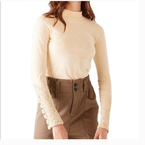 FREE PEOPLE WHEAT HOOKED ON YOU CUFF TOP